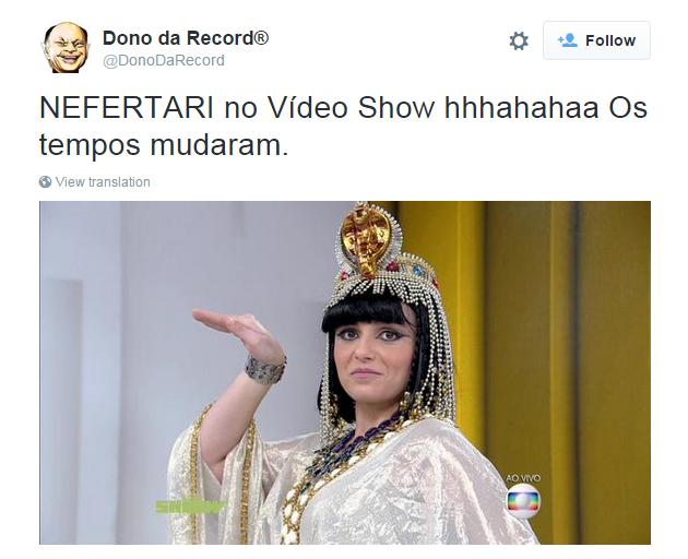 Monica Iozzi faz cosplay de Camila Rodrigues no Vídeo Show