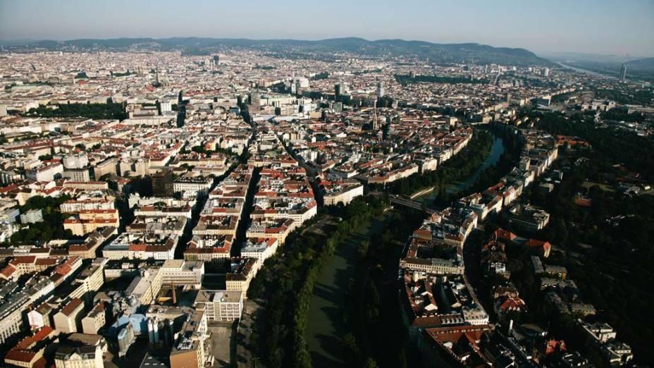 A outra segunda cidade europeia da lista garantiu a segunda maior nota geral, 97,4.