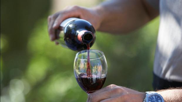 vinho-tinto-pressao-reducao-20120907-original.jpeg