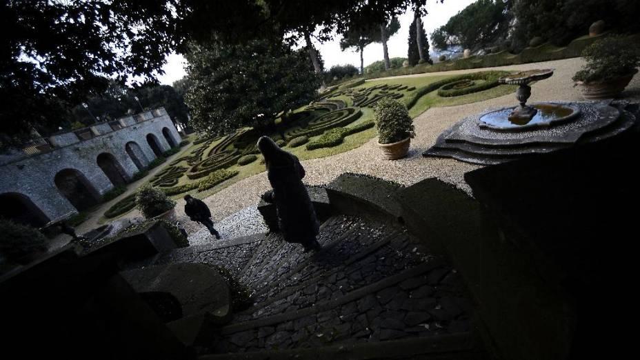 Vista do complexo de Castel Gandolfo, onde Bento XVI permanecerá por dois meses após a renúncia