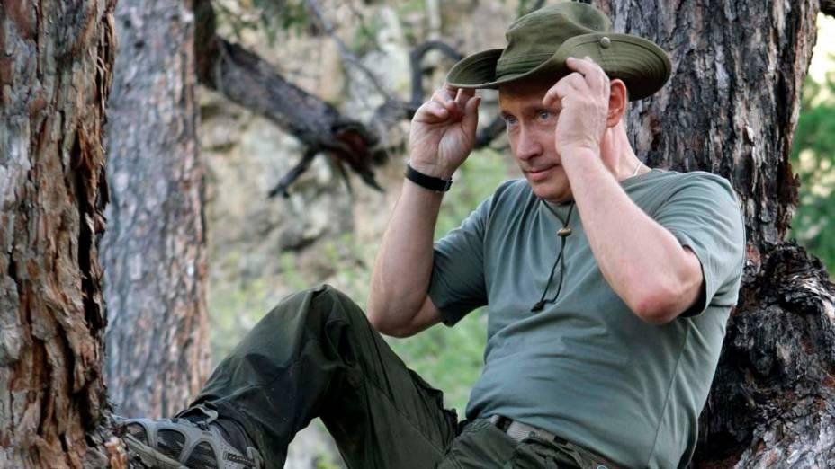 Vladimir Putin durante suas férias na Sibéria em agosto de 2009