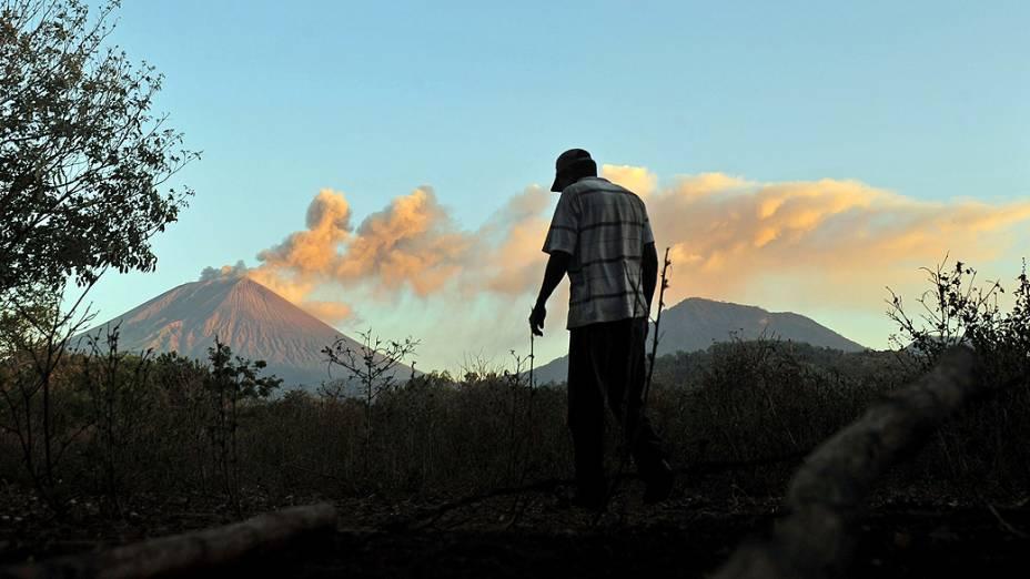 <p>Vista do vulcão San Cristobal em Chinandega, a 150 km de Manágua, na Nicarágua</p>