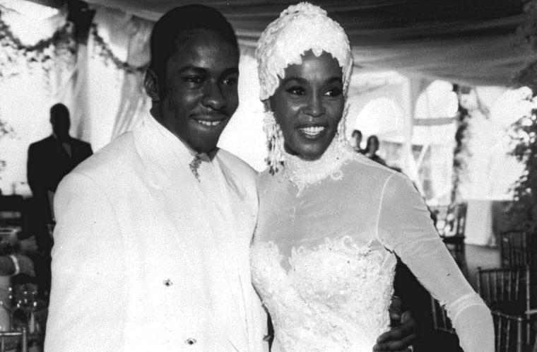 Em 1992, Whitney se casou com o cantor Bobby Brown.