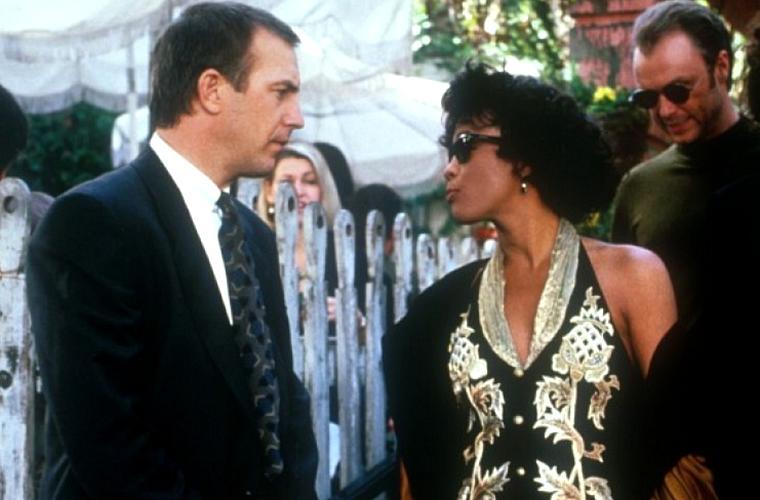 Também em 1992, Whitney Houston protagonizou o filme O Guarda-Costas, ao lado de Kevin Costner. A produção arrecadou mais de 500 milhões de dólares no mundo todo.