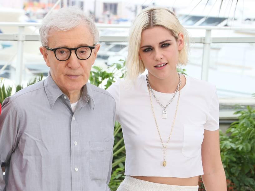 Woody Allen e Kristen Stewart no lançamento de Cafe Society na 69ª edição do Festival de Cannes