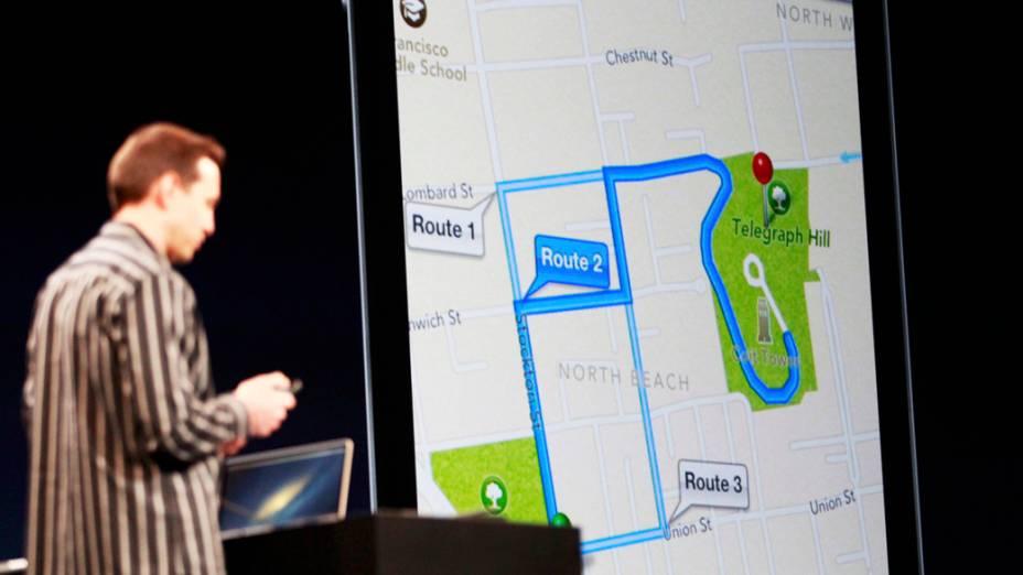 Apresentação do sistema de mapas com o sistema iOS6 e o software Siri
