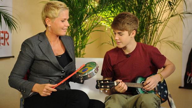 <p>Xuxa entrevista Justin Bieber</p>