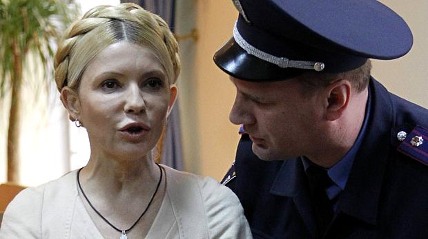 yulia-tymoshenko-foi-condenada-a-sete-anos-de-detencao-mas-pode-recorrer-original.jpeg