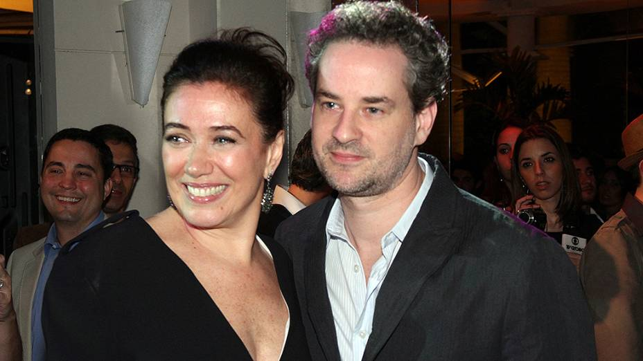 "Lília Cabral e Dan Stulbach na festa de lançamento da novela ""Fina Estampa"", da Rede Globo"