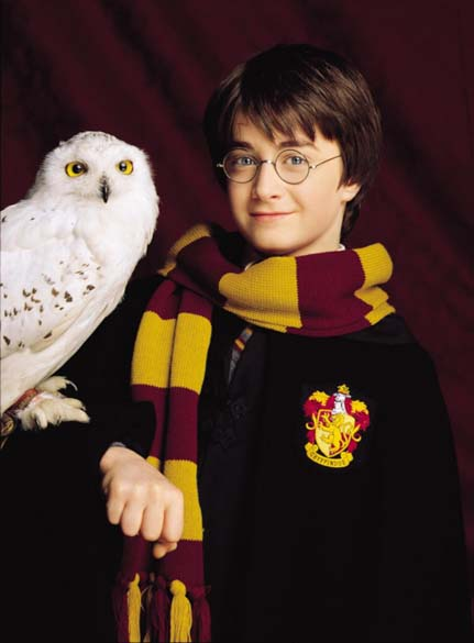 Daniel Radcliffe, intérprete de Harry Potter, foto de divulgação do filme <em>Harry Potter e a Pedra Filosofal</em>, 2001