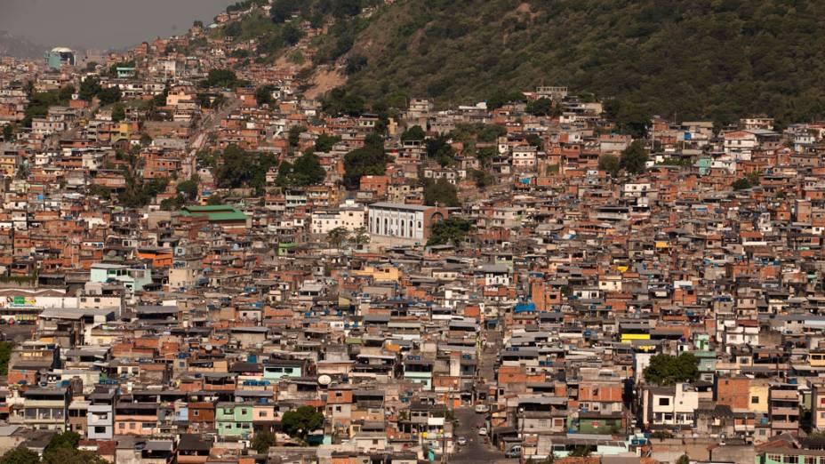 Visão geral da comunidade Caracol, complexo da Penha, no Rio de Janeiro