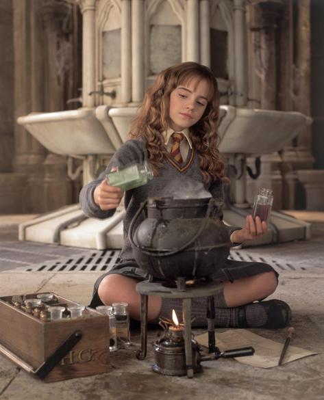 Emma Watson, Hermione Granger, em cena de <em>Harry Potter e a Câmara Secreta</em>, 2002