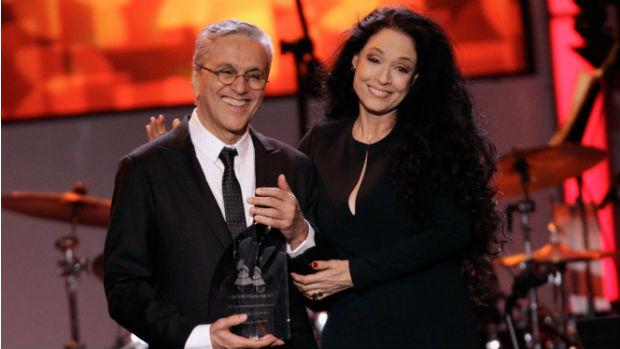 Caetano Veloso recebe prêmio de personalidade do ano no Grammy Latino de 2012
