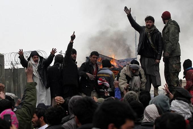 2012-02-22-protesto-afeganistao-original.jpeg