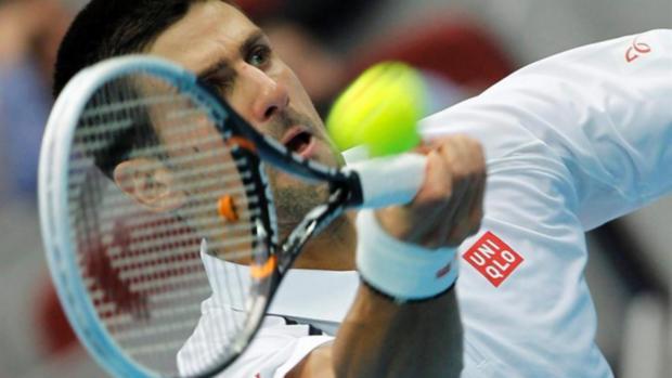 Novak Djokovic em partida do Masters 1000 de Xangai