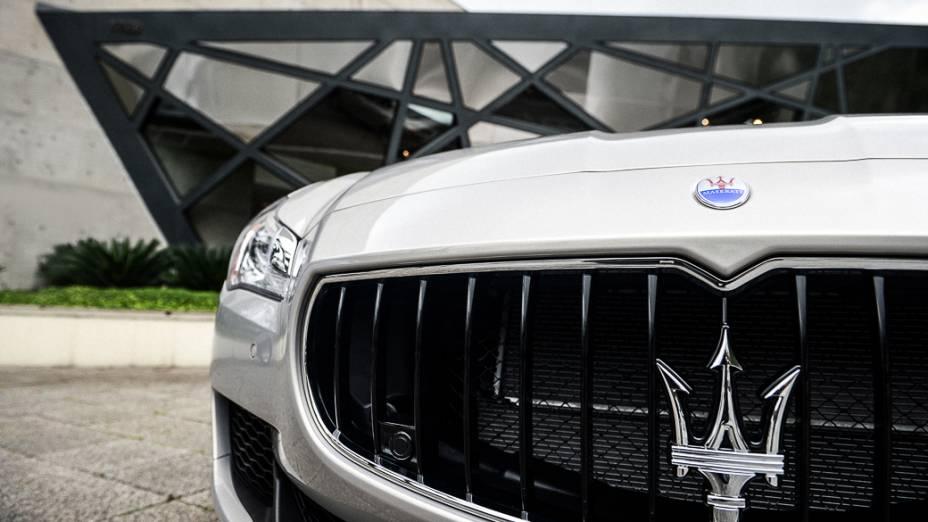 Novo Maserati Quattroporte:0 a 100 km/h em 4,7 s e máxima declarada de 307 km/h
