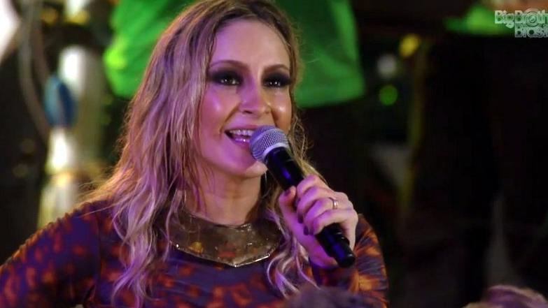 Claudia Leitte canta no BBB13