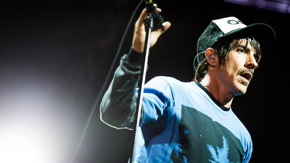 Banda Red Hot Chili Peppers se apresenta na Arena Anhembi em São Paulo