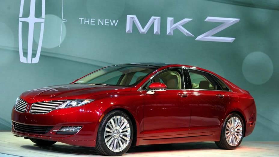 O novo sedã MKZ, modelo de entrada da montadora, com motor 2.0