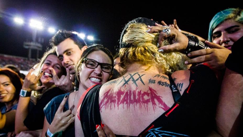 Público lotou o Morumbi para acompanhar o show da banda Metallica