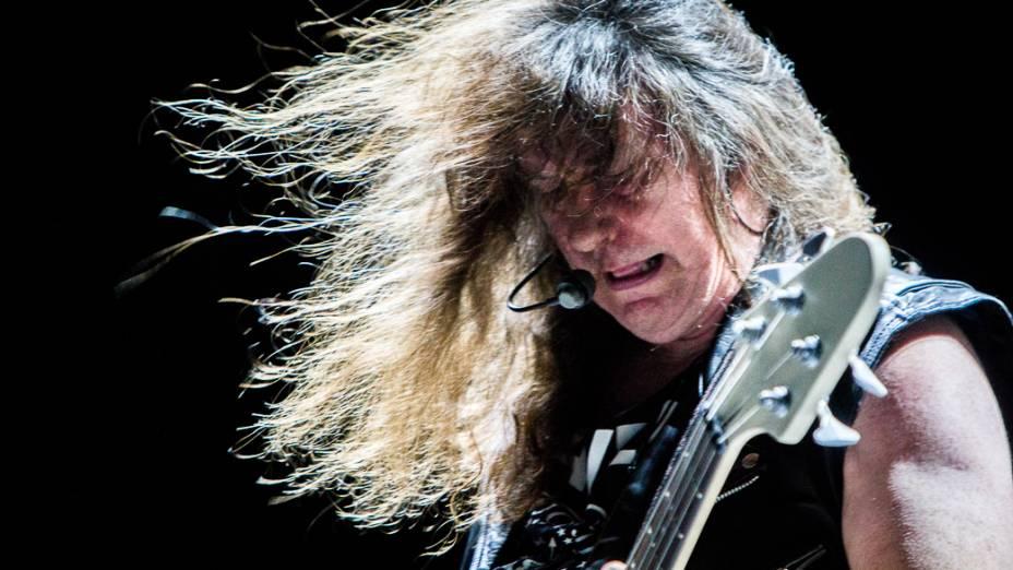 Raven abre show do Metallica no Morumbi