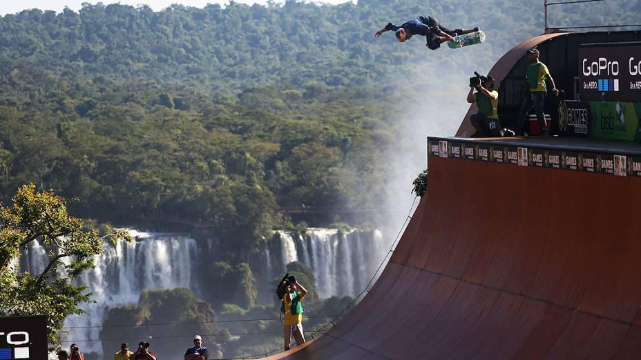 Sandro Dias, o Mineirinho, leva a prata no skate vertical em Foz do Iguaçu