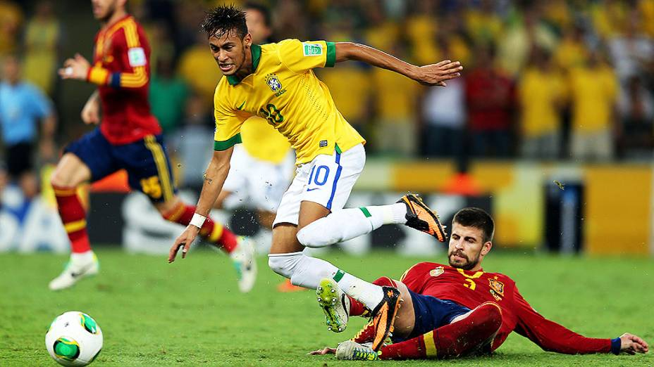 Em partida inesquecível, o Brasil derrota a Espanha e levanta a taça da Copa das Confederações no Maracanã