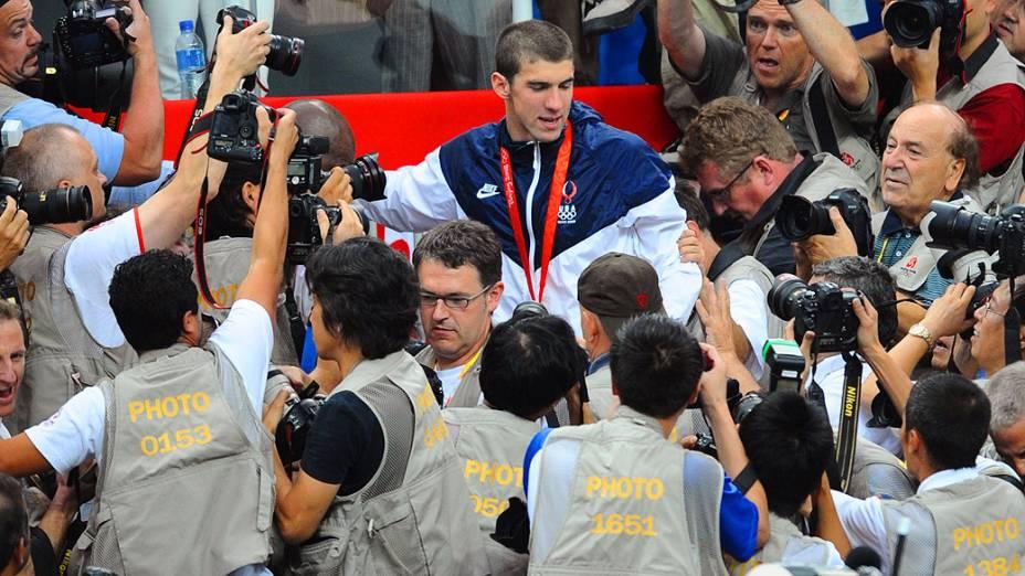 Michael Phelps foi ouro no 4x100m medley em Pequim-2008