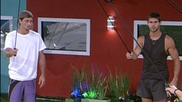 Fael e Jonas durante prova do líder em 19/01/2012