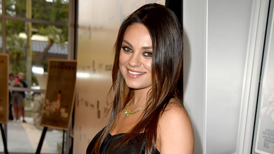 A atriz Mila Kunis na pré-estreia do filme Third Person