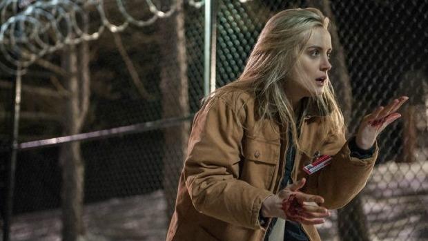 A atriz Taylor Schilling como a protagonista Piper em cena da série Orange Is the New Black