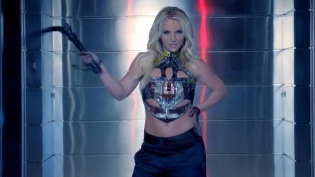 Britney Spears diz ser pressionada para fazer clipe 'sexy' | VEJA