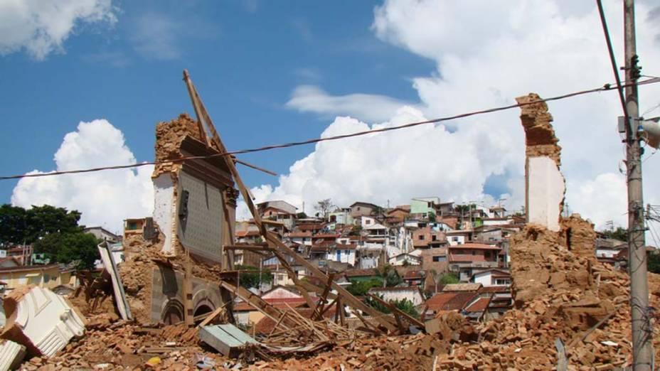A perda da Igreja Matriz foi a mais sentida pelos moradores. Localizada no coração da cidade, ela representa o patrimônio histórico-cultural de São Luiz do Paraitinga