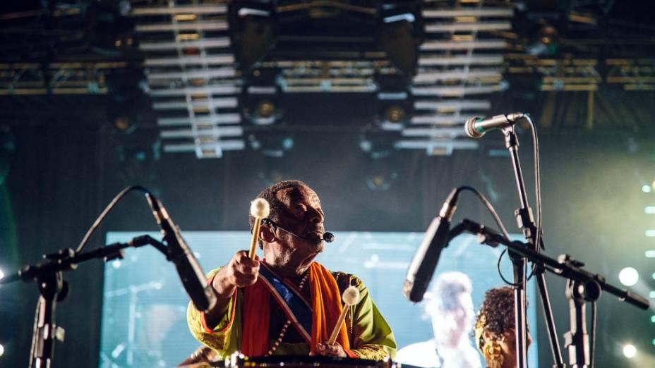 O percussionista Naná Vasconcelos abre o Carnaval 2013 no Recife