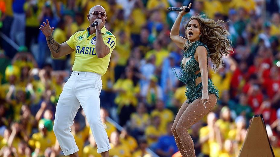 Jennifer Lopez e Pitbull na abertura da Copa do Mundo