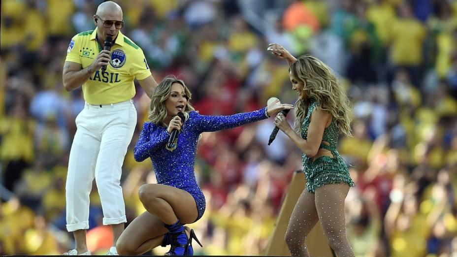Pitbull, Claudia Leitte e Jennifer Lopez  na abertura da Copa do Mundo no Itaquerão, em São Paulo