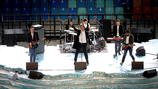 Apresentação da banda Tokio na abertura dos Jogos de Inverno
