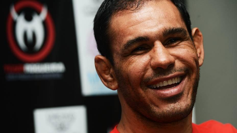 Rogério Minotouro luta entre os meio-pesados do UFC, depois de se destacar no extinto Pride
