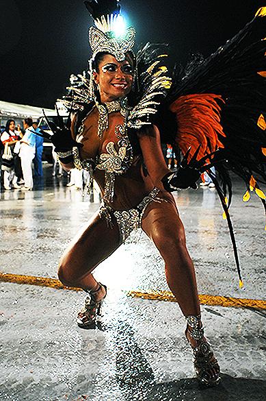 Destaque da escola de samba Acadêmicos do Tatuapé