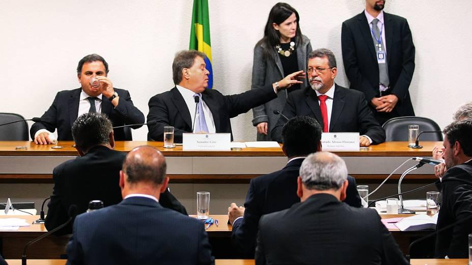 Sessão da CPI mista Petrobras destinada a acareação entre os dois ex-diretores da Petrobras Paulo Roberto Costa (Abastecimento) e Nestor Cerveró (Internacional), nesta terça-feira (02), no Congresso, em Brasília