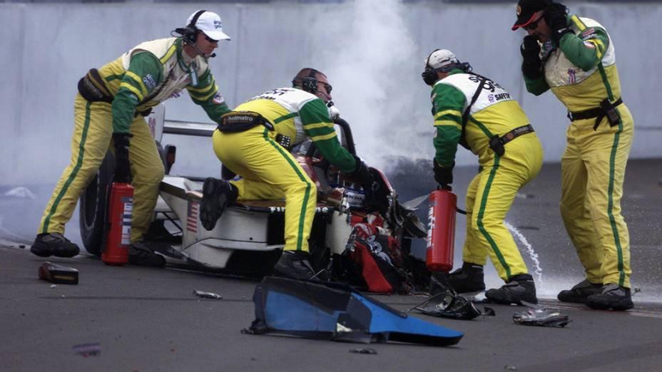 Acidente envolvendo Alessando Zanardi e Alexandre Tagliani, em 2001, na Fórmula Indy