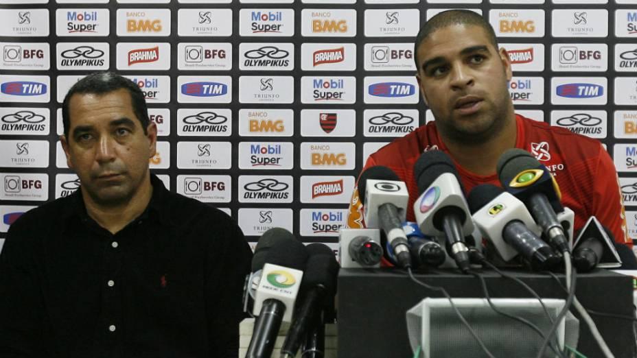 Adriano pediu desculpas ao clube e recebeu uma advertência de Zinho, vice-presidente de futebol