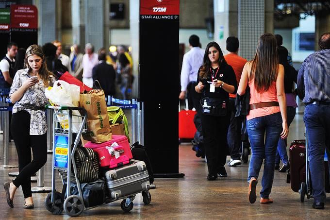 aeroporto-de-guarulhos-sp-fiscalizacao-20120530-21-original.jpeg