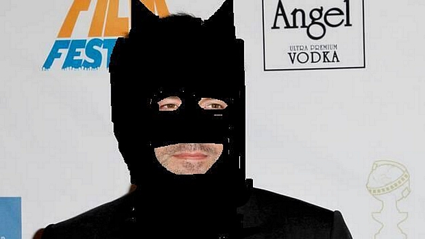 """Montagem simula a """"primeira imagem"""" de Ben Affleck como Batman"""