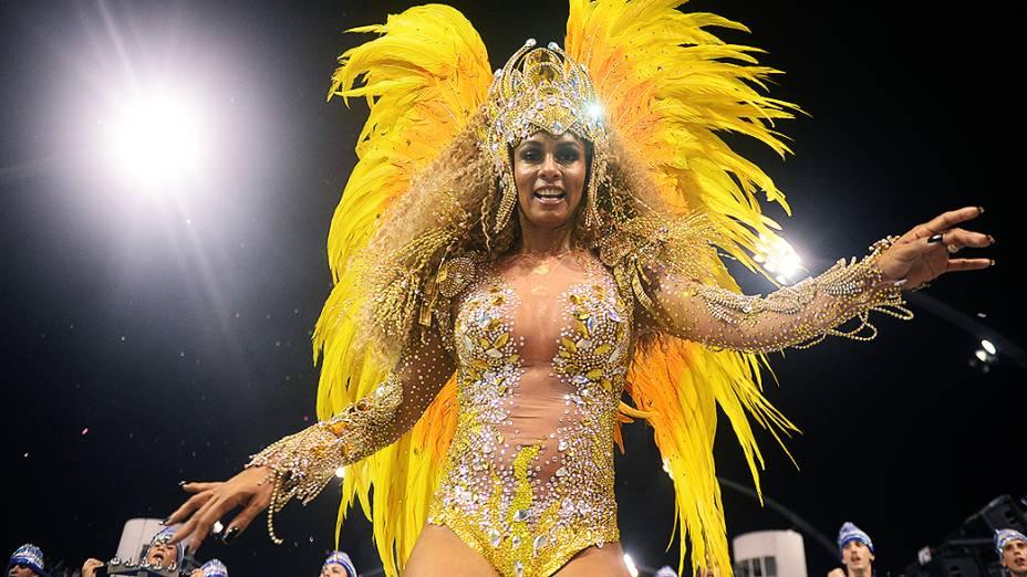 Milena Nogueira no desfile da Águia de Ouro, em São Paulo
