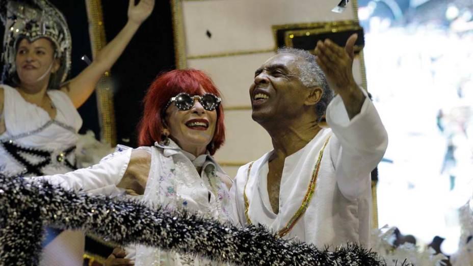 Rita Lee e Gilberto Gil no desfile da Águia de Ouro, em São Paulo