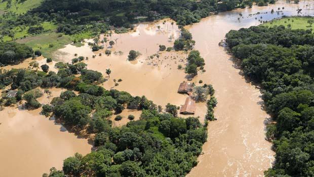 Alagamento em Juatuba provocado pela cheia do rio Paraopeba, Minas Gerais