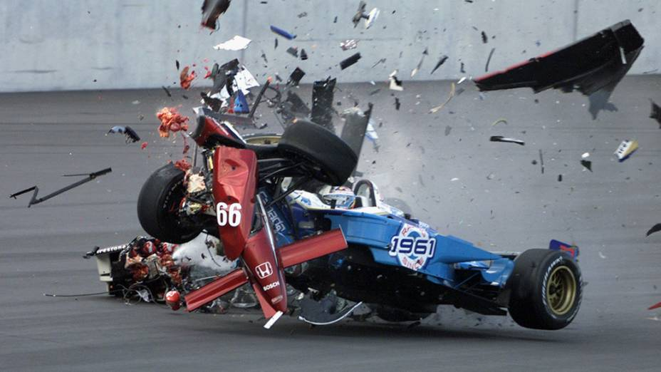 Zanardi perdeu as duas pernas num acidente na Fórmula Indy, em 2001