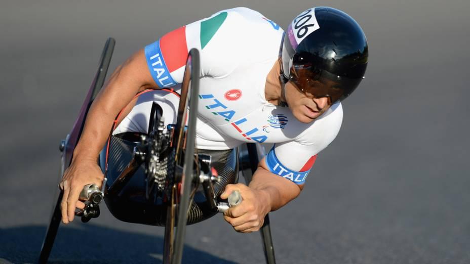 O italiano Alessandro Zanardi, conquistou duas medalhas de ouro e uma de prata nos Jogos Paralímpicos de Londres, em 2012