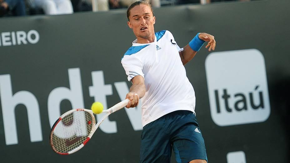 Alexandr Dolgopolov na final contra Rafael Nadal, no Rio de Janeiro